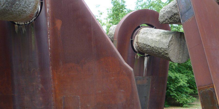Skulptur zur Erinnerung an die Ereignisse von 1918