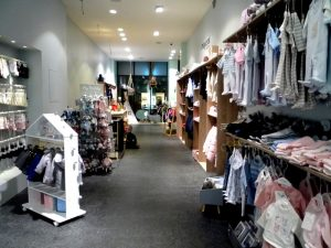 Mini World, Dänische Straße 15, Kiel. Mode für Babys und Kinder.